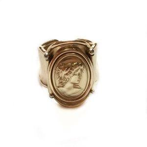 Vior 14K Gold Cameo Vintage Ring